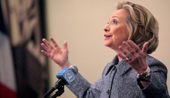 Hillary-Clinton-explains-665x385